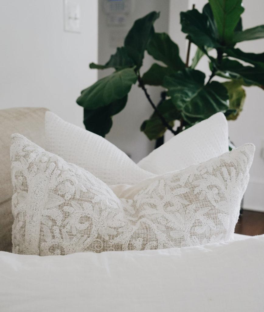 Styling Pillows_Chop