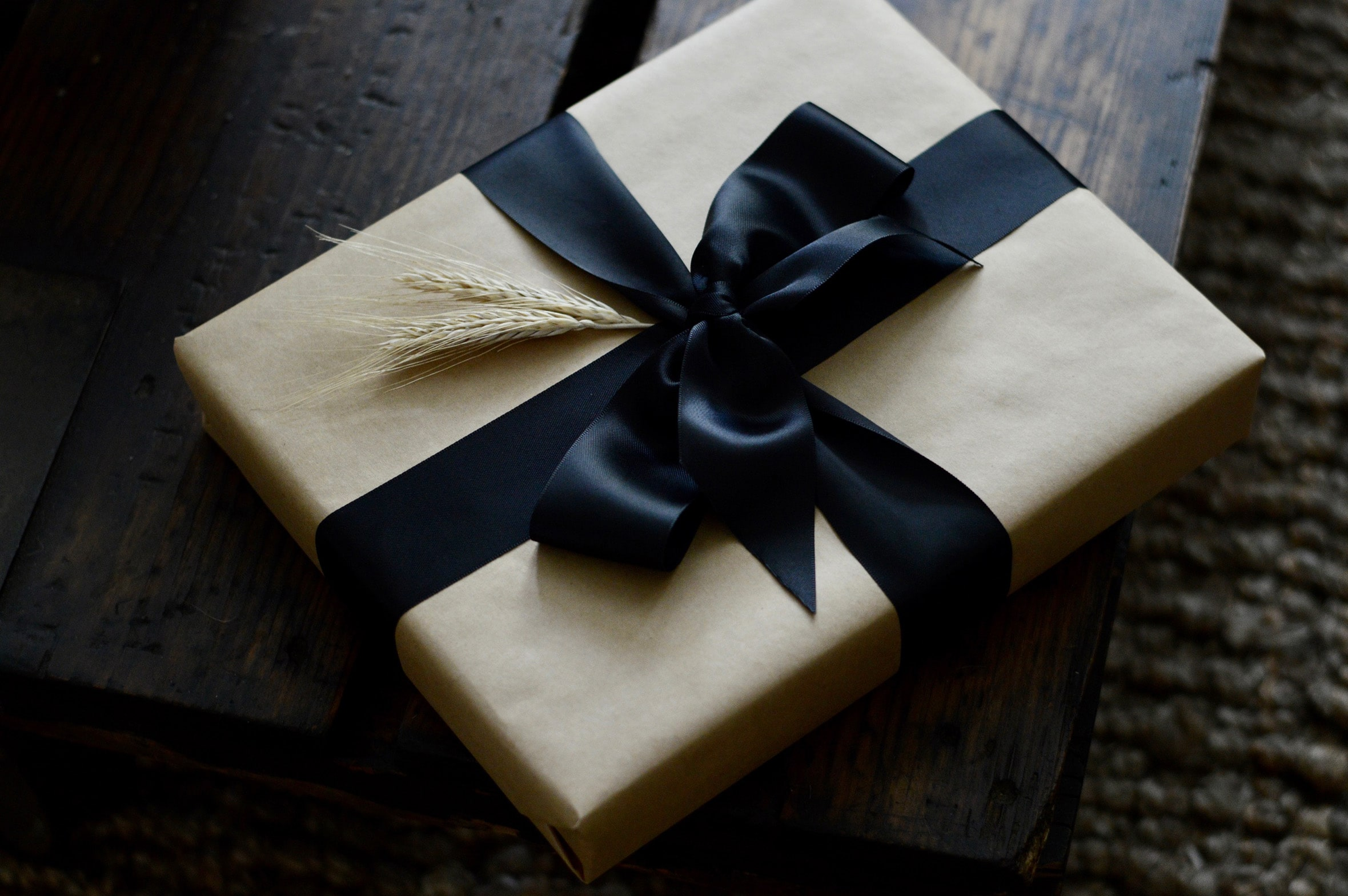 Baguette & Butter Gift Wrapping